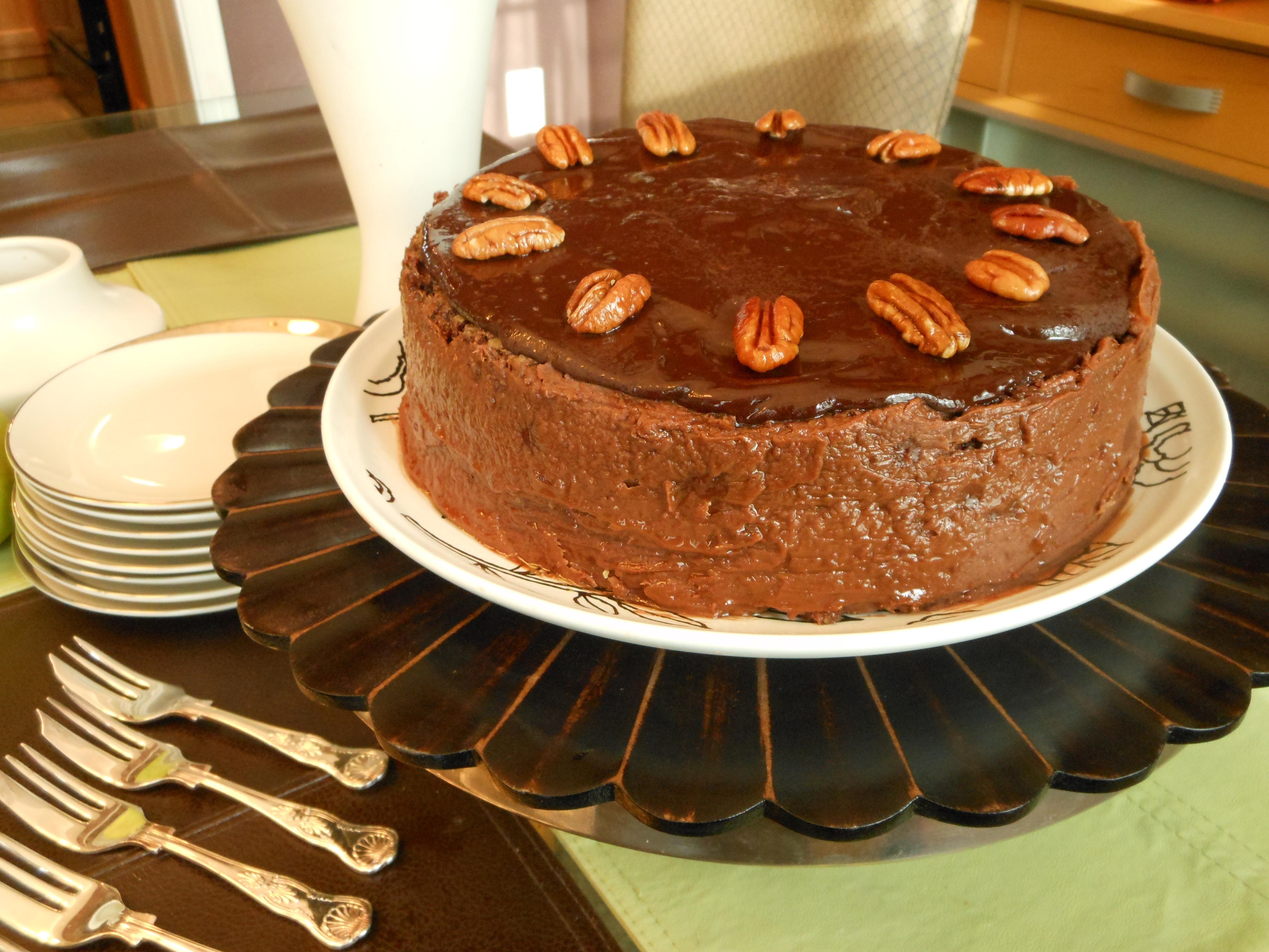 Vegan Chocolate Nayo Cake–My Version of Your Grandma's Chocolate ...