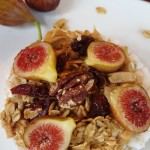 Vegan Peanut Butter, Granola, & Fresh Fig Ricecake–So Quick and Easy!