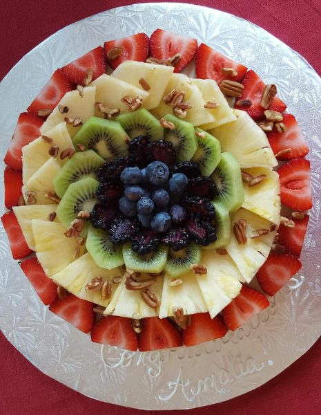 Cheesecake Topped with Fruit Pinwheel