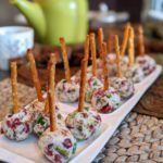 "Mini ""Cheeseball"" Pops"